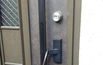 玄関のGOALのGK錠前の解錠と修理