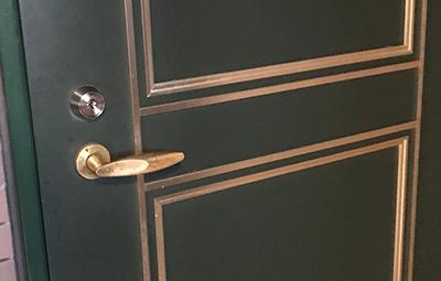カバスタープラスに取り替えた自宅玄関ドア