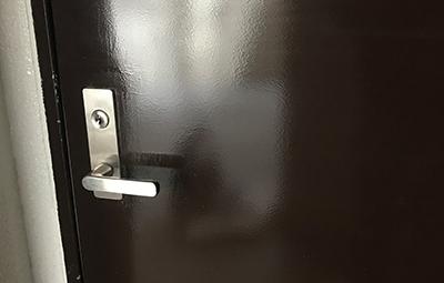 westのディンプルキーに取り替えた玄関ドア