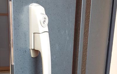 玄関のGOALの鍵修理