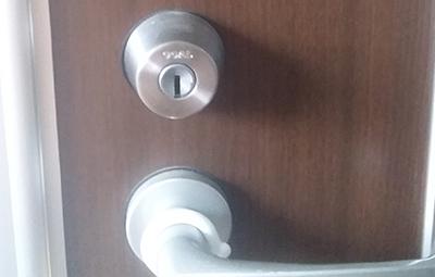 GOALのディンプルキーが付いた玄関の鍵開け